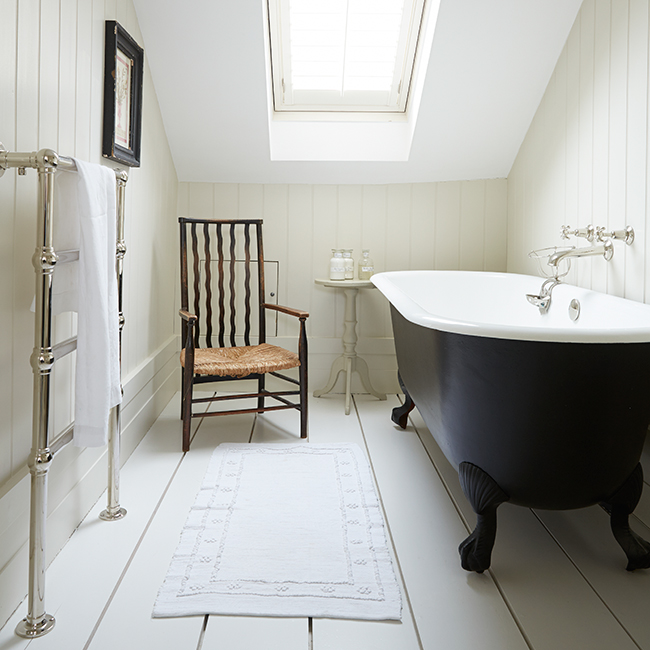 This old house painting decorating and restoration in for Townhouse bathroom designs